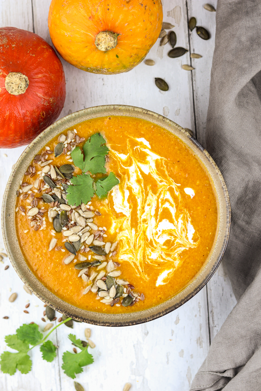This recipe for pumpkin lentil soup only takes 30-40 minutes to prepare and contains lots of important nutritions. Besides that it's super healthy, it's also super delicious!