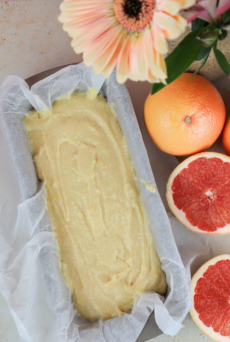 This is the ultimate cake for Easter made with bittersweet grapefruit and creamy ricotta!